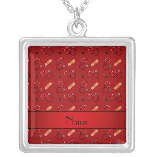 Coração vermelho conhecido personalizado da colar com pendente quadrado