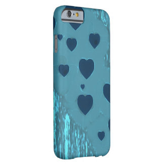 Corações azuis alternativos capa barely there para iPhone 6
