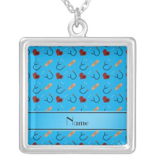 Corações azuis conhecidos personalizados da colar com pendente quadrado