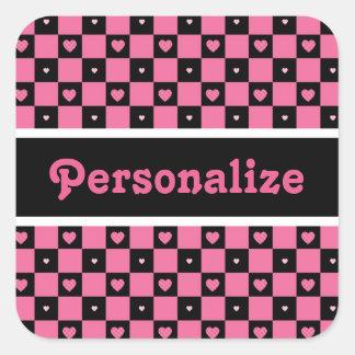 Corações Checkered cor-de-rosa e pretos modernos Adesivo Quadrado
