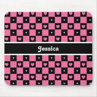 Corações Checkered cor-de-rosa e pretos modernos Mouse Pad
