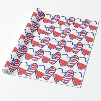 Corações da bandeira do Polônia dos EUA Papel De Presente