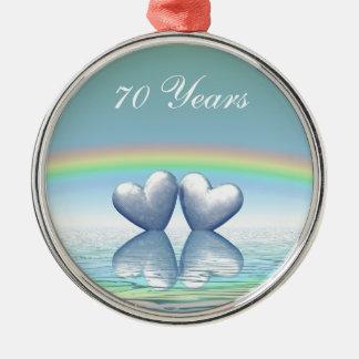 corações da platina do aniversário do 70 ornamento redondo cor prata