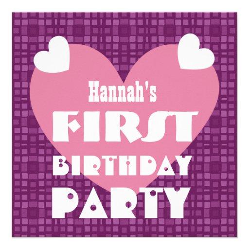 Corações de 1 ano do primeiro aniversário e teste  convites