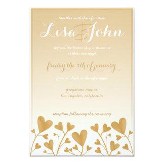 Corações de Goldent que Wedding o convite