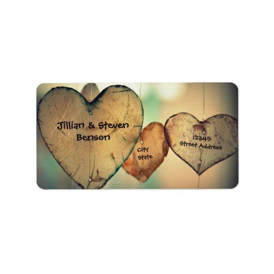Corações de madeira rústicos - etiquetas de