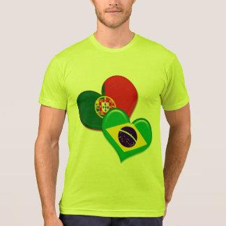Corações de Portugal e de Brasil Camiseta