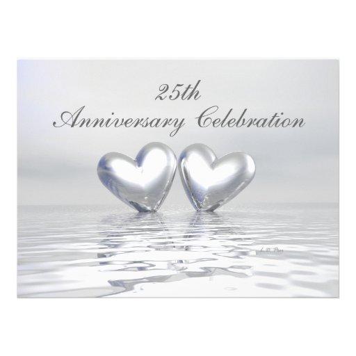 Corações de prata do aniversário convite personalizado