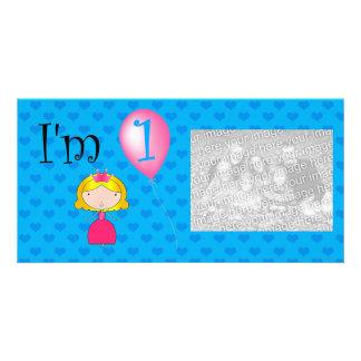 Corações do azul da princesa do primeiro aniversar cartões com foto personalizados
