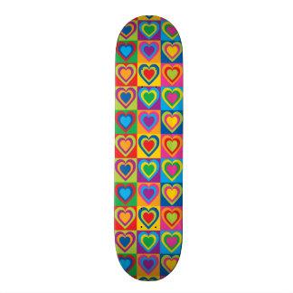 Corações do pop art shape de skate 20,6cm