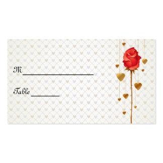 Corações dourados do amor e cartões cor-de-rosa do modelo cartão de visita