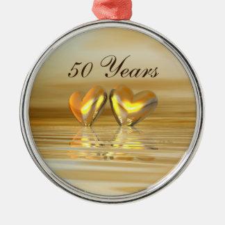 Corações dourados do aniversário ornamento redondo cor prata