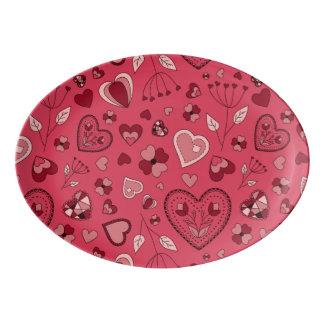 Corações e bandeja cor-de-rosa do cupé da