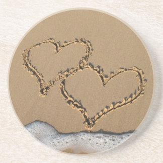 Corações nas portas copos da areia porta copos de arenito