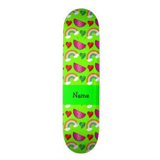 Corações verdes de néon conhecidos feitos sob enco shape de skate 18,7cm