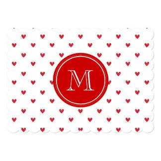 Corações vermelhos do brilho com monograma convite 12.7 x 17.78cm