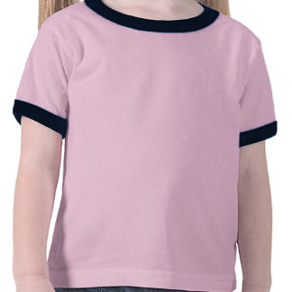 Corredor escuro da menina no uniforme verde camiseta