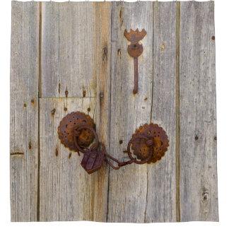 Cortina Para Chuveiro Cadeado velho do ferro do vintage oxidado na cuba