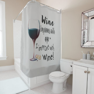 Cortina Para Chuveiro O vinho melhora com o divertimento da idade que