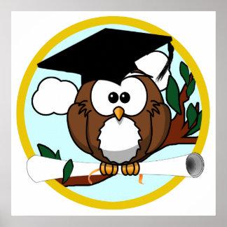 Coruja bonito da graduação dos desenhos animados c