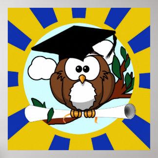 Coruja bonito da graduação dos desenhos animados c pôsteres