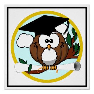 Coruja bonito da graduação dos desenhos animados poster perfeito