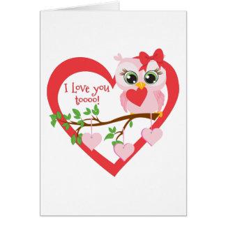 Coruja bonito do amor cartão comemorativo