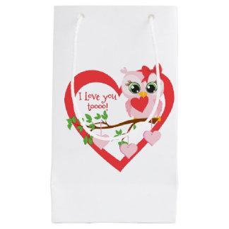 Coruja bonito do amor sacola para presentes pequena
