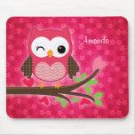 Coruja bonito do rosa quente feminino mousepad