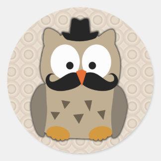 Coruja com bigode e chapéu adesivos em formato redondos