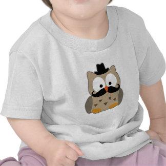 Coruja com bigode e chapéu t-shirt