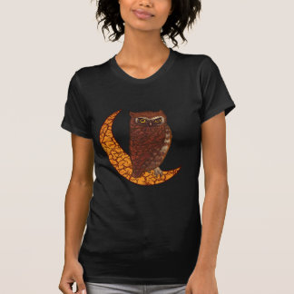 Coruja crescente da lua tshirt