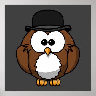 Coruja dos desenhos animados no chapéu de jogador pôsteres