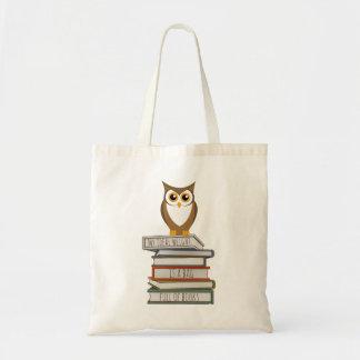 Coruja e pilha de livros bolsa tote