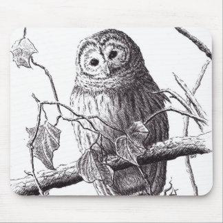 coruja no desenho do pássaro da caneta & da tinta mouse pad