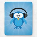 Coruja retro azul Funky com fones de ouvido Mousepad