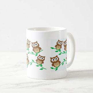 Corujas dos desenhos animados caneca de café