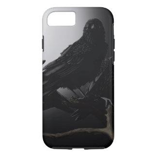 Corvo em umas capas de iphone da árvore