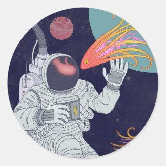 Cosmonauta Adesivo Em Formato Redondo