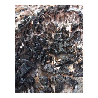 Coto de árvore queimado panfleto personalizado