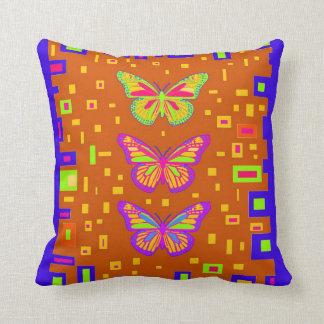 Coxim americano da borboleta do sudoeste por Sharl Travesseiro