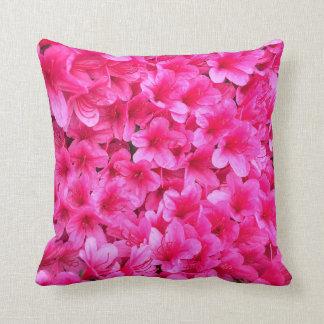 Coxim cor-de-rosa bonito das flores almofada