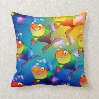 Coxim engraçado dos peixes dos desenhos animados e travesseiros de decoração