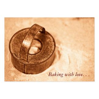 Cozimento com amor. cortador do biscoito cartão de visita grande