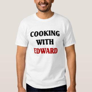 Cozimento com Edward Tshirts
