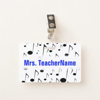 Crachá Teste padrão de muitas notas musicais + Nome feito