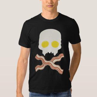 Crânio do pequeno almoço t-shirts