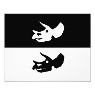 crânio do triceratops impressão de foto