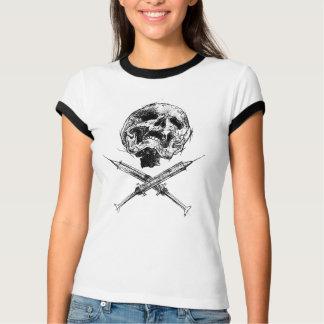 Crânio e seringas camisetas