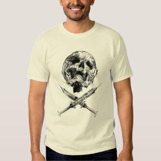 Crânio e seringas tshirts